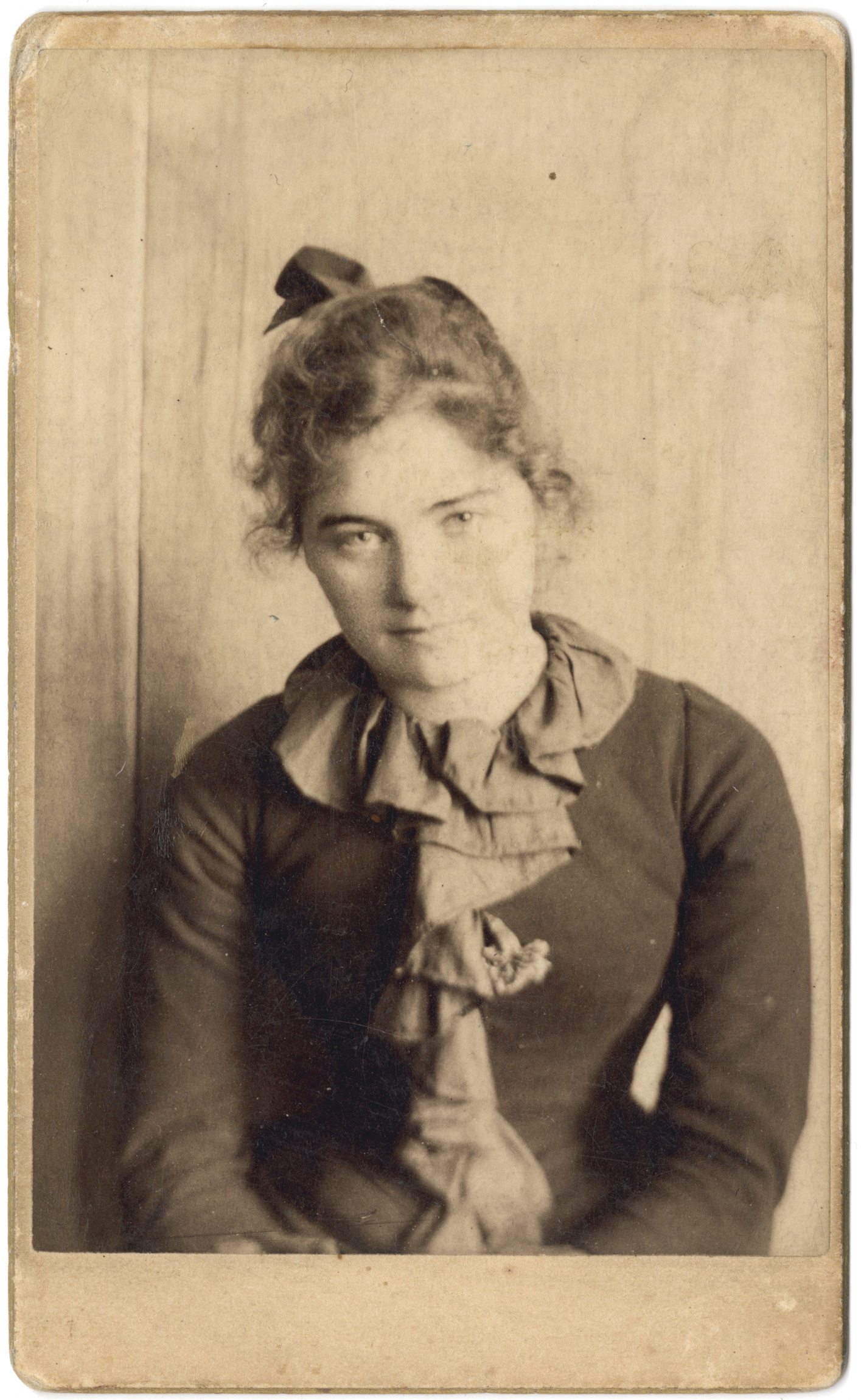 Emily Carr in San Francisco, age 21 or 22, c 1893, courtesy of the Royal BC Museum, BC Archives.